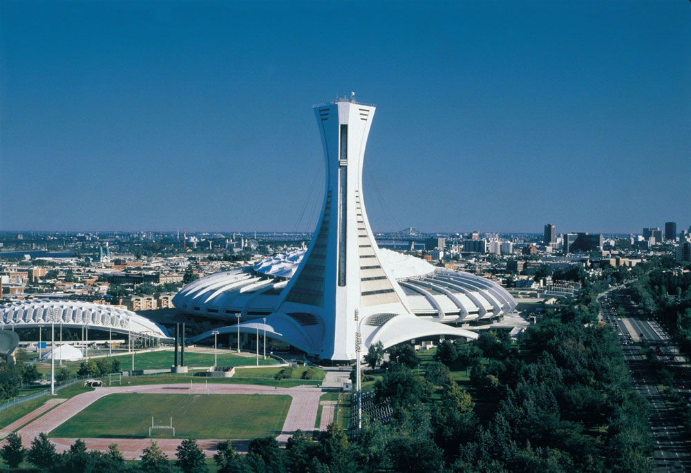montreal-olympic-stadium-in-olympic-park
