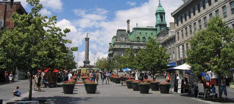 montreal-place-jaques-cartier-main