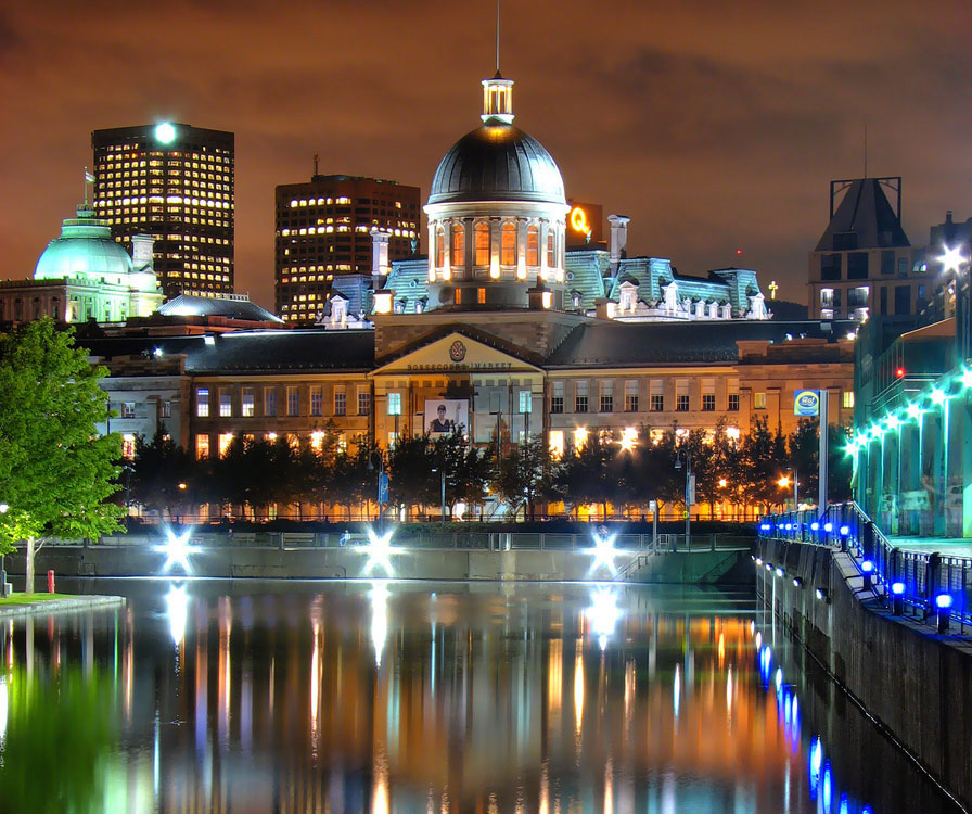 montreal-bonsecours-market-night
